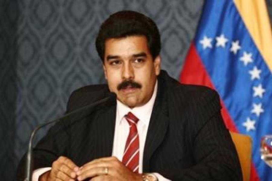 Maduro cumple un año electo en medio de crisis que llama al diálogo
