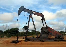 Petróleo de Texas abre con descenso del 0.43% hasta 106.44 dólares
