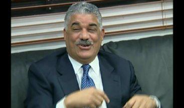 Miguel Vargas convocará al CEN este lunes, según Aníbal García Duvergé
