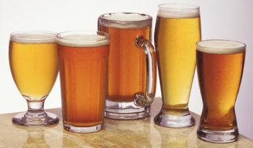 Llega a intensivos por coma alcohólico y le salvan la vida con cerveza