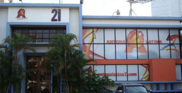 Aplazan audiencia sobre venta de Antena Latina