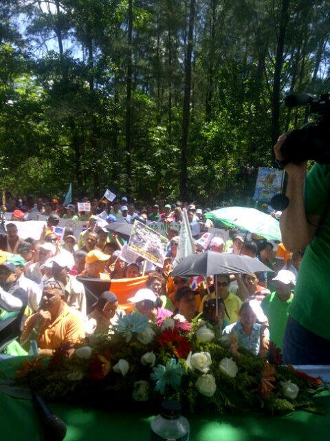 Cooperativas llaman a redoblar la lucha a favor de Loma Miranda