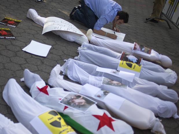 Al menos 18 yihadistas mueren en combates con otros grupos rebeldes en Siria