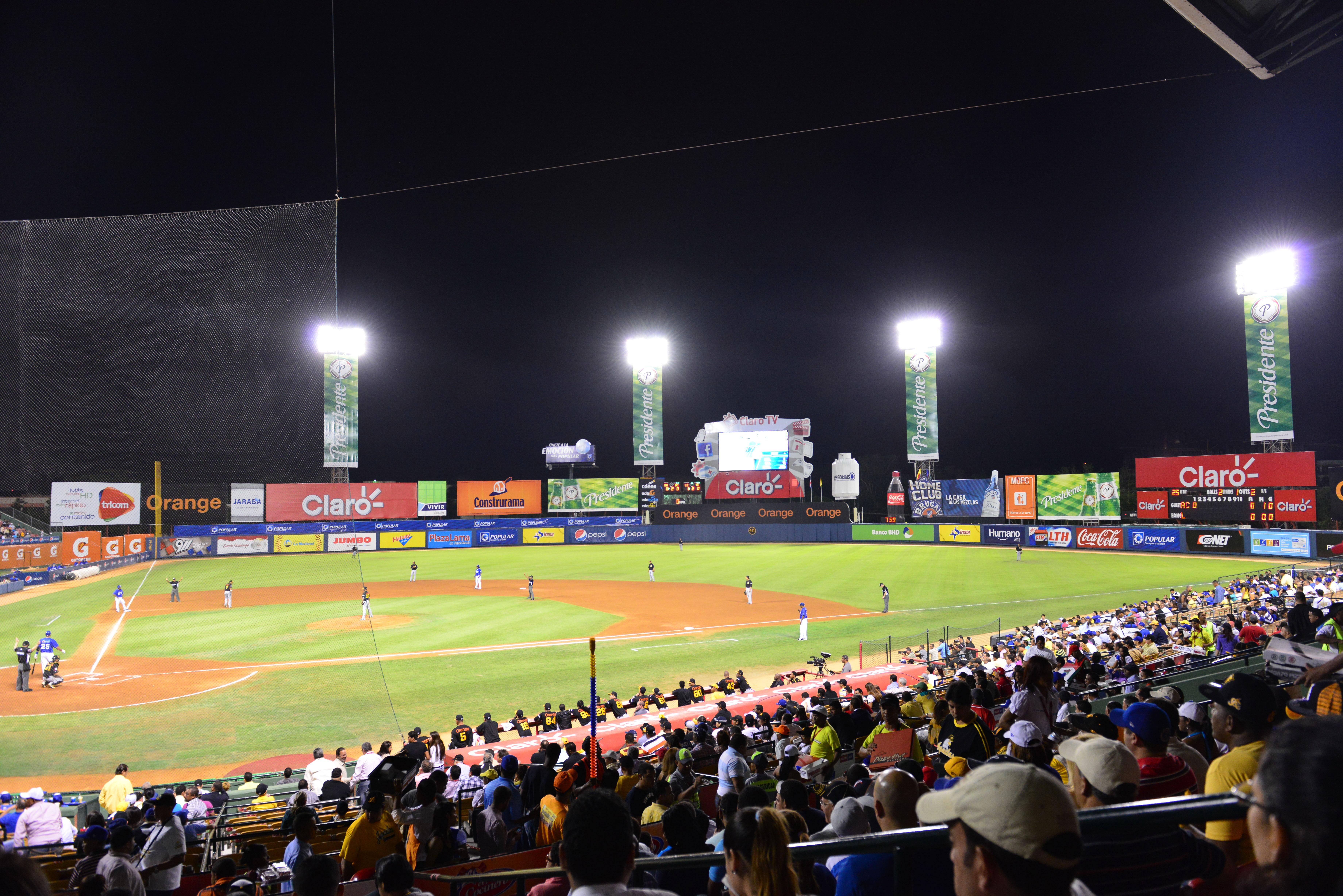 La semifinal béisbol inicia mañana con el Escogido como favorito