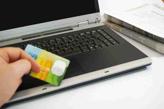 Juventud PRD rechaza que Gobierno pretenda gravar compras por internet