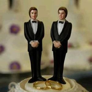 Cuatro matrimonios gais se suman a demanda por reconocimiento en Puerto Rico