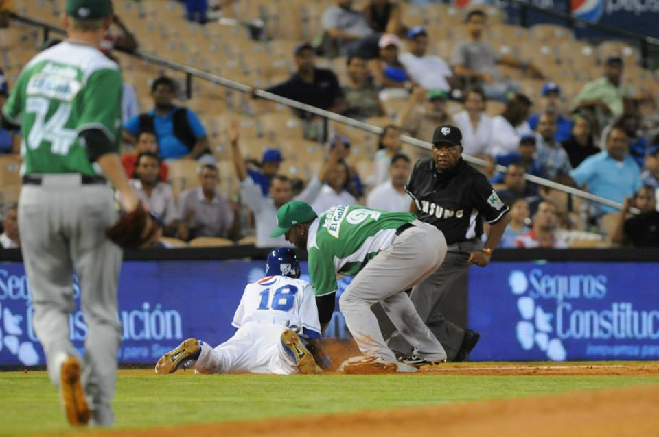 Estrellas se consolidan en la cima del béisbol dominicano