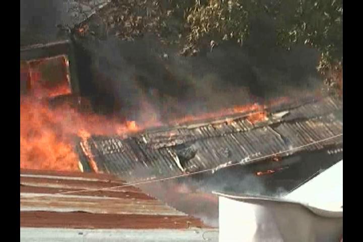 Al menos siete familias piden ayuda a las autoridades tras incendio