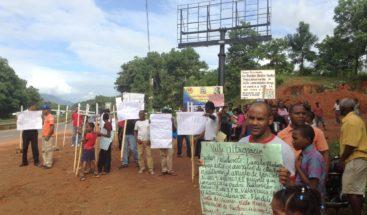 Un mensaje a Danilo: piden puente peatonal en Villa Altagracia