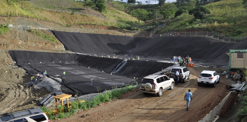 Vertedero en Villa Altagracia está en 80% su construcción