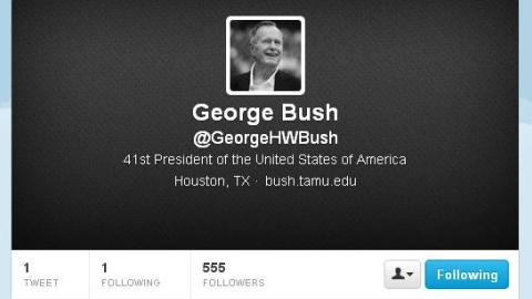George Bush padre se une a Twitter
