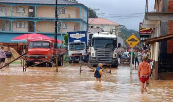 Rousseff moviliza su gobierno ante lluvias que han dejado 26 muertos