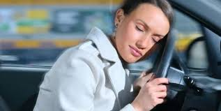 Inventan un dispositivo para mantener despiertos a conductores