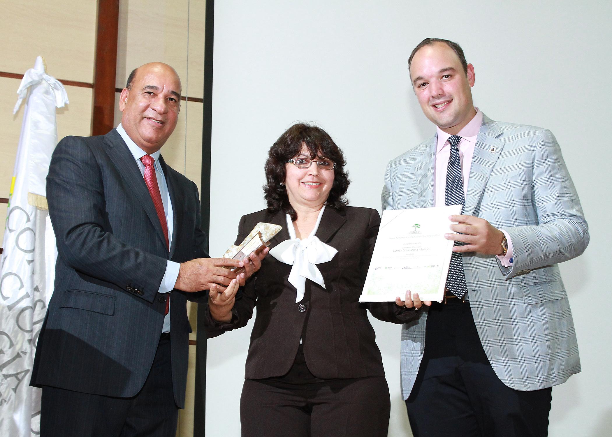 CEMEX obtiene nueva vez el premio nacional a la producción más limpia