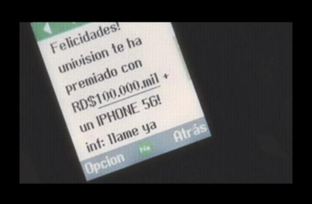 Estafadores ofrecen falsos premios vía mensajes de textos y llamadas; Cuestionamiento por licitación para plástico cédula de JCE
