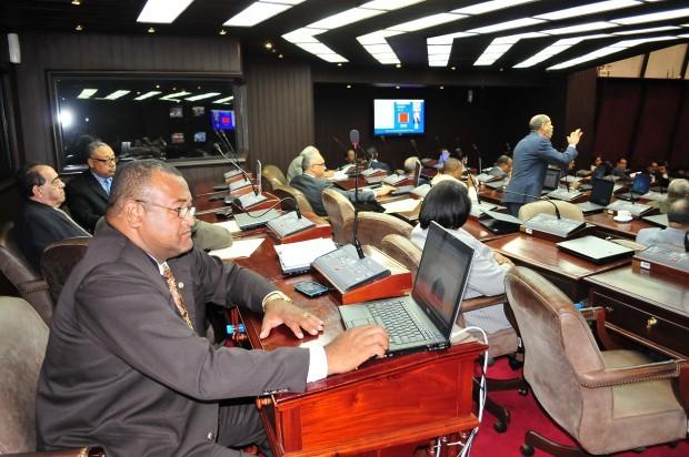 Separados no se puede llegar al poder, dicen diputados PRD