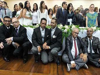 Río de Janeiro celebra la mayor boda colectiva homosexual del mundo