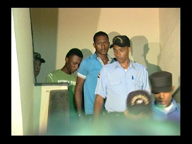 Un año de prisión preventiva en el 15 de Azua a acusados de asesinar a Nasco