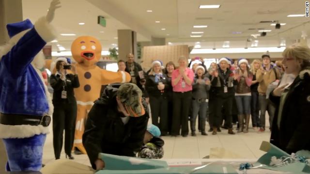 Aerolínea sorprende a pasajeros con un milagro de Navidad