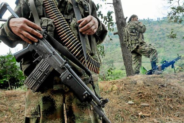 Al menos 7 muertos y 20 heridos deja atentado de las FARC en Colombia