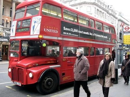 Varios heridos en un accidente de autobús en el sur de Londres