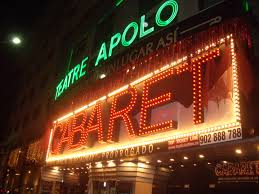 El teatro Apollo cancela  su representación tras el derrumbe parcial del techo