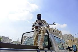 Al menos 59 muertos en el ataque contra el Ministerio yemení de Defensa