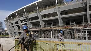 Obras en estadio mundialista de Sao Paulo se reanudan después de accidente