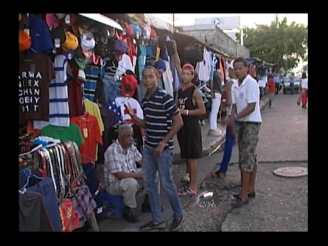 Comerciantes a la espera de que recursos del doble sueldo lleguen a las calles