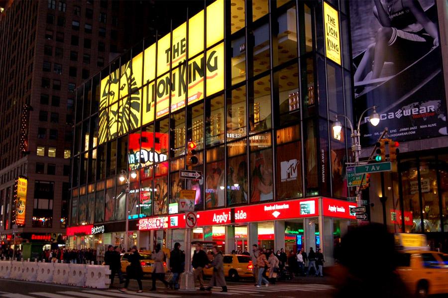 Broadway cierra un año lleno de exitosas traiciones y diamantes envenenados