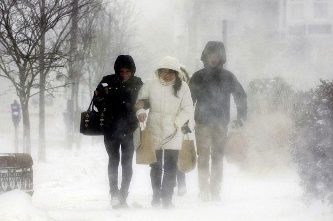 Al menos cinco personas sin techo murieron en Francia por ola de frío
