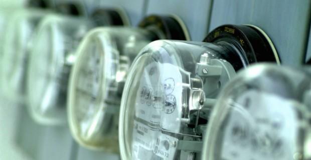 Fraudes en red eléctrica provocan pérdida en La Habana
