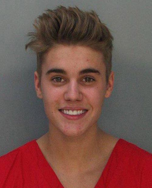 Retiran cargos contra Bieber en Canadá al no poder identificar al atacante