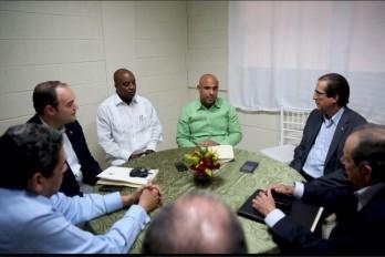 Aplazan otra vez la tercera cita del diálogo RD-Haití