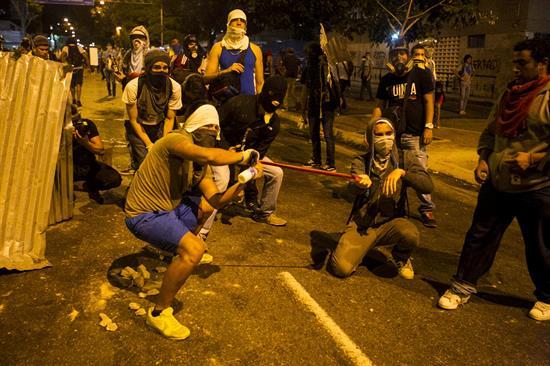 Las protestas también sacuden al fútbol en Venezuela
