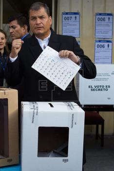 Correa acepta revés en Quito y Guayaquil ante resultados oficiosos