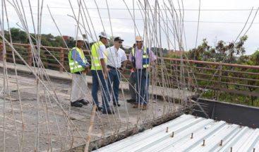 Consideran lento proceso de reconstrucción de puente sobre Río Haina