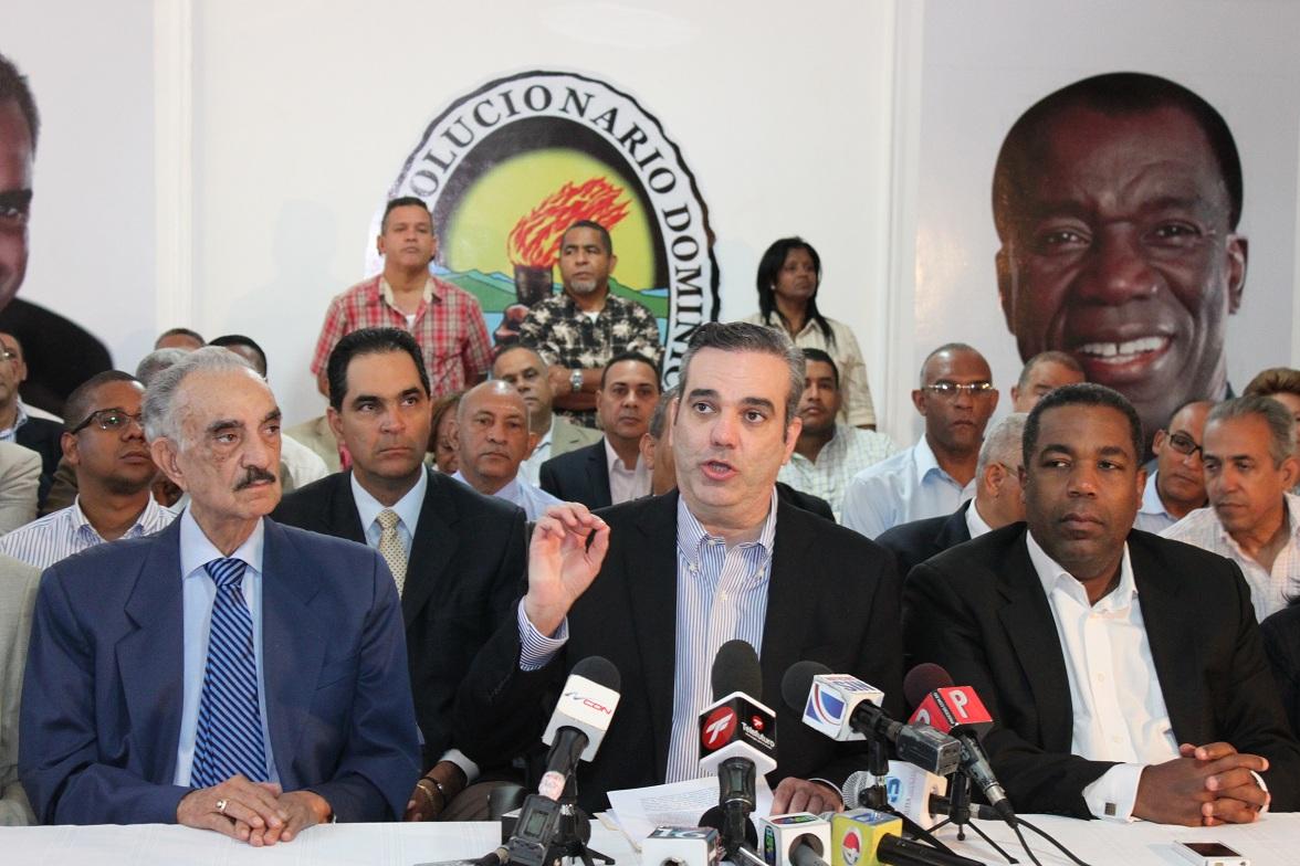 Luis Abinader llama a líderes locales salvar sus carreras políticas en la boleta del PRM