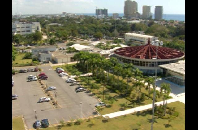 Rector UASD aboga por vinculación de las universidades con la investigación científica