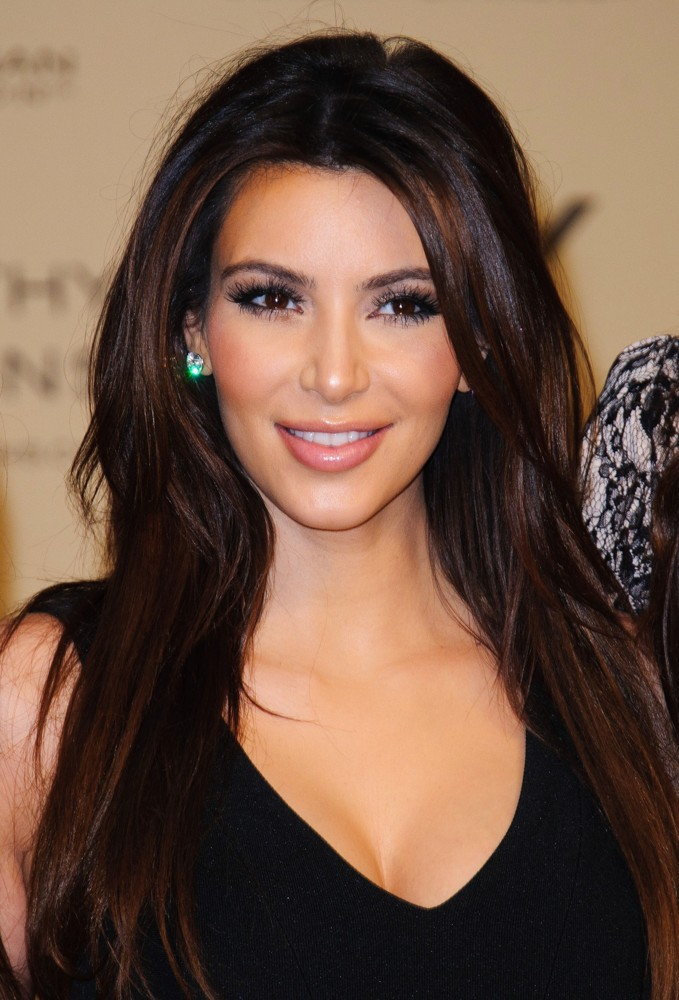 Se filtran fotos íntimas de Kim Kardashian y Vanessa Hudgens