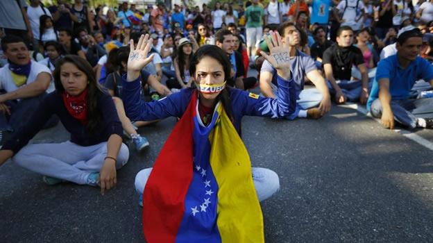 Oposición venezolana evalúa temas para tercer diálogo con el Gobierno