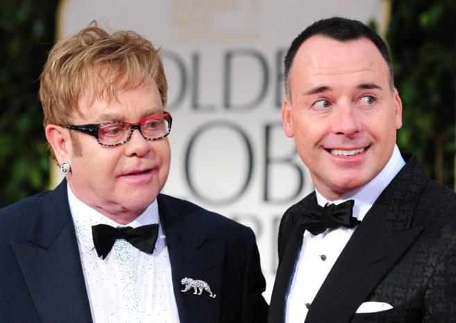 Elton John se casará en mayo con su pareja David Furnish