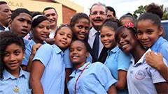 Estudiantes dedican Hip Hop al presidente Medina