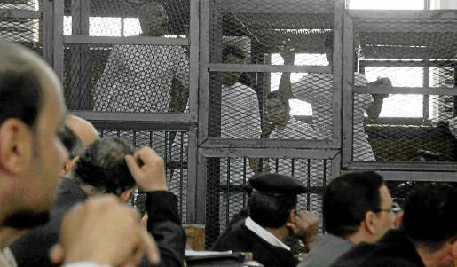 Egipto recuerda que penas de muerte a 529 islamistas no son un fallo judicial
