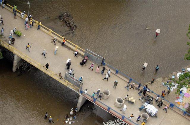Investigan robo de varillas en puente fronterizo dominico-haitiano