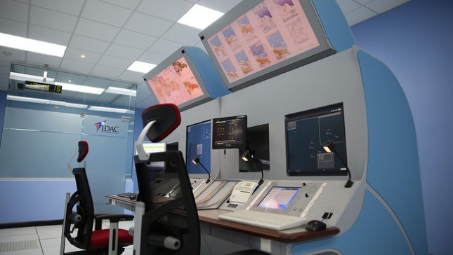 Medina inaugura dos centros de control de tránsito aéreo