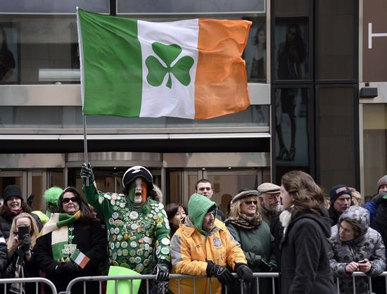 San Patricio se festeja en NY sin alcalde, sin cerveza y sin homosexuales