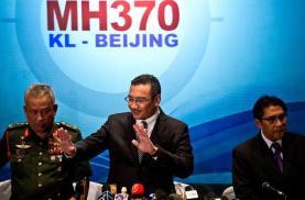 Malasia desmiente que el avión volase durante horas tras su desaparición