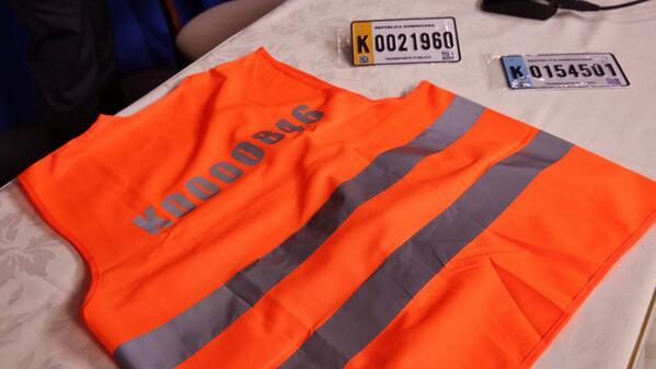 Iniciarán entrega de chalecos y nuevas placas a motoristas públicos y privados