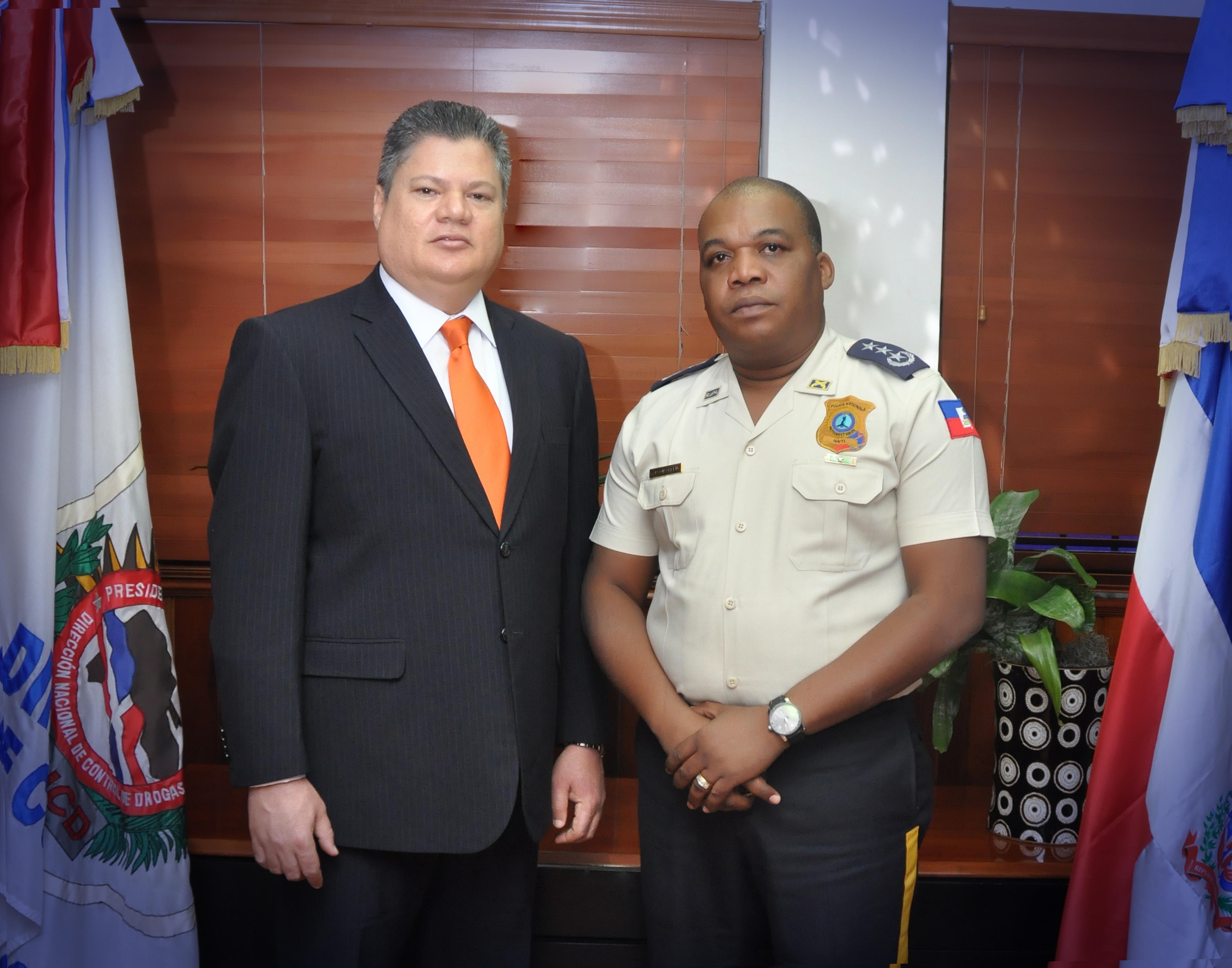 Presidente DNCD y jefe policía de  Haití coordinan acciones contra narcotráfico